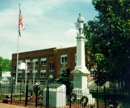 00432 Civil War Memorial.jpg