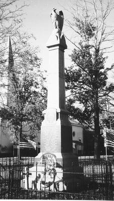 00294 War Memorial; Vienna, OH.jpg