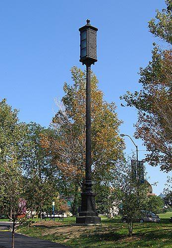 00103 Lampposts.jpg