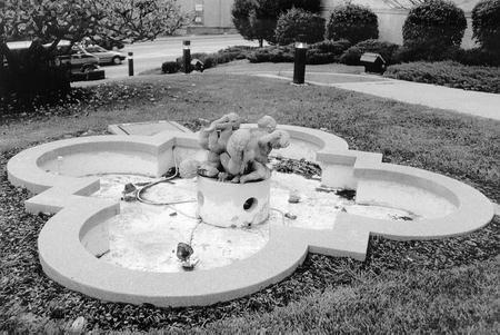 00504 Community Chest Fountain.jpg