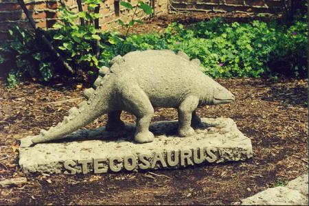 00389 Stegosaurus.jpg