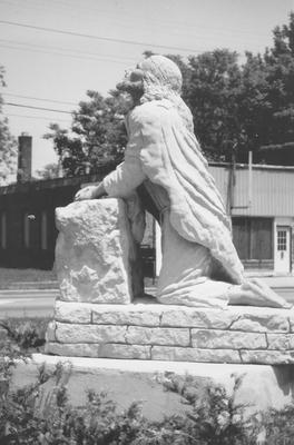 00724 Lulu Pearl Douglas Memorial.jpg