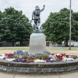 Spirit of the American Doughboy of Fostoria Fountain Cemetery 7.jpg