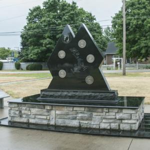 Vietnam Veteran Memorial of Fostoria Fountain Cemetery 3.jpg