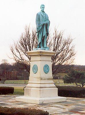 00450 William Woodward Monument.jpg