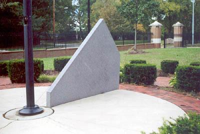 01009 The Giant Sundial.jpg