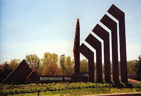00444 International Park Sign.jpg