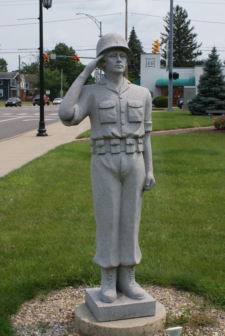 Saluting Soldier.JPG