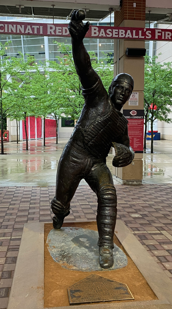 Johnny Bench front.jpeg