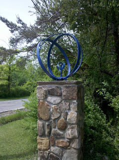 McVey  Sculpture on SOM Center1.jpg