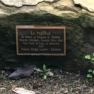 Le Papillon Sign.png