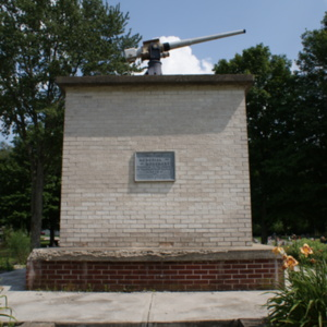 Soldiers Memorial Monument front.JPG