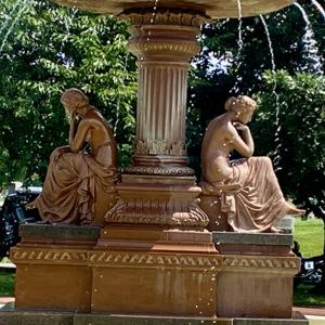 Washington cemetery fountain photo3.jpeg