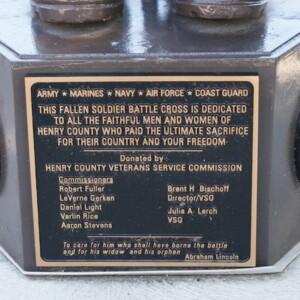 Henry Memorial Battle Cross Plaque.JPG