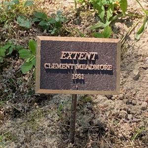 Extent plaque.jpeg